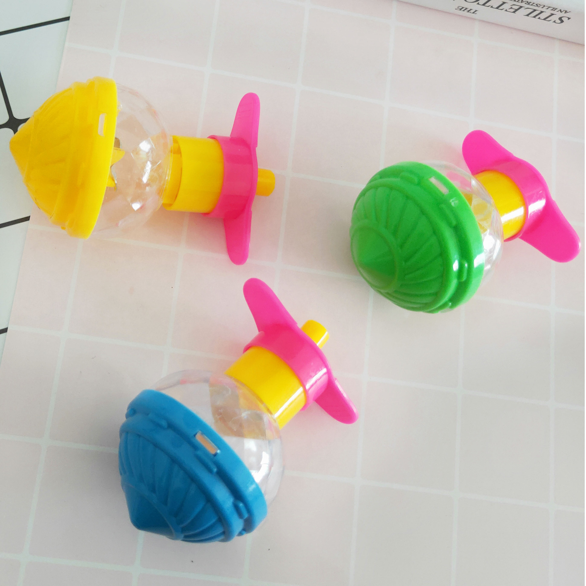 Children Toys Classic Flash Spinning Top Speed Gyro with Transmitter Relieve Stress Toy for children funny Luminous Peg-Top Gyro(China)