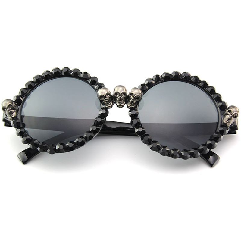 2d135b9a9c45 Luxury Rhinestone Skull Sexy Cat Eye Sunglasses Women Brand 2018 Fashion  Sunglasses Female Black Vintage Sunglass UV400-in Sunglasses from Apparel  ...
