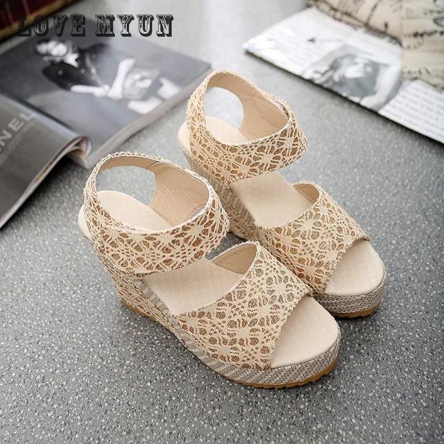 2017 New Women Sweet Buckle Open Toe Wedges Sandals Women's Platform Sandals Fashion Summer Shoes Women Casual Shoes High-heeled