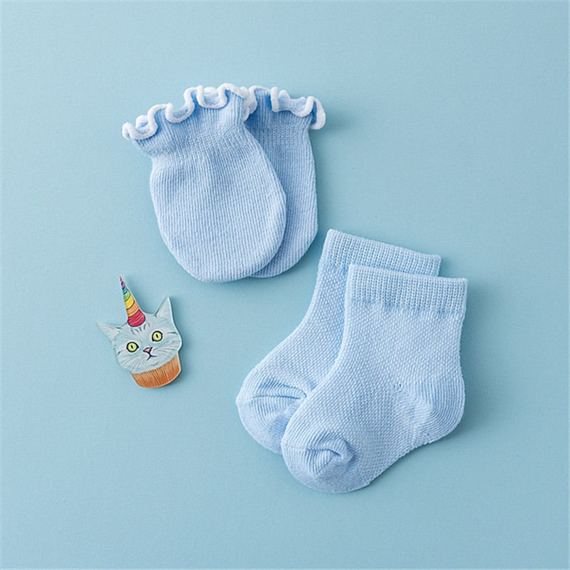 5a2a3501259 8pcs Socks Gloves Organic Cotton Newborn Baby Boy Girl Of Protection infant  Cap Hats Anti grab Gloves Mittens Sock-in Socks from Mother   Kids on ...