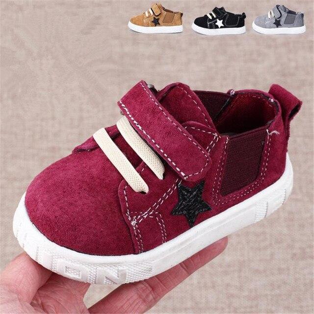 Классический стиль Детская Обувь Звезда Шаблон Кожа Малышей Детская Кровать В Обуви Новорожденных Детские Кроссовки для Малыша девушки парни Спорт обувь Для Ходьбы