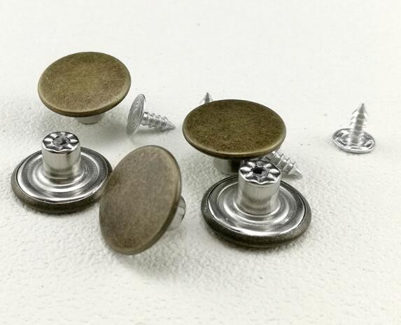 CUTE Heart Shape Bronze Buttons Studs Metal Brass Hammer Press Pin 17mm 2//Pk