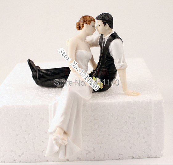 romantic wedding cake toppers the look of and groom wedding cake 19257