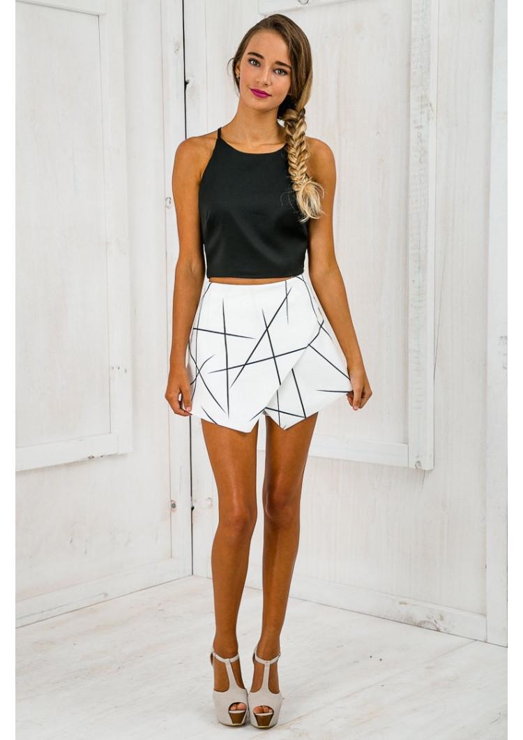 White Wrap Origami Asymmetrical Geometric Print Shorts