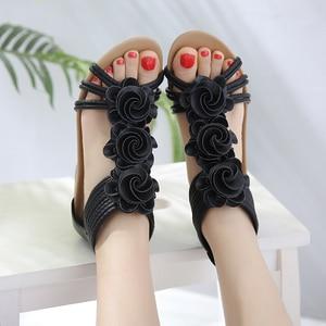 Image 3 - TIMETANG Sandalias de gladiador para mujer, zapatos de plataforma a la moda, con tacones medios y Punta abierta, informales, de cuero suave, novedad de verano