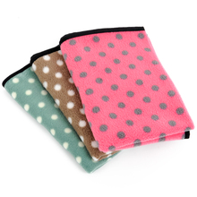 Dog Cat Soft Polka Dot Polar Fleece Blanket Super Soft And Comfortable Pet Quilt The Four Seasons Are Available 3Colors