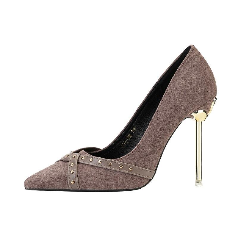 Femme Bout Pompes Hauts purple Chaussures Mince Peu Black Mariée red Mariage Été Femmes Slip Printemps Profonde Pointu Rivet Talons De khaki Métal on Simples FEw47cxqZ