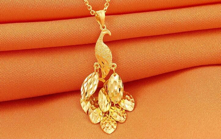 Nouveau pendentif en or jaune pur 24 K pendentif paon 3D/2.29g