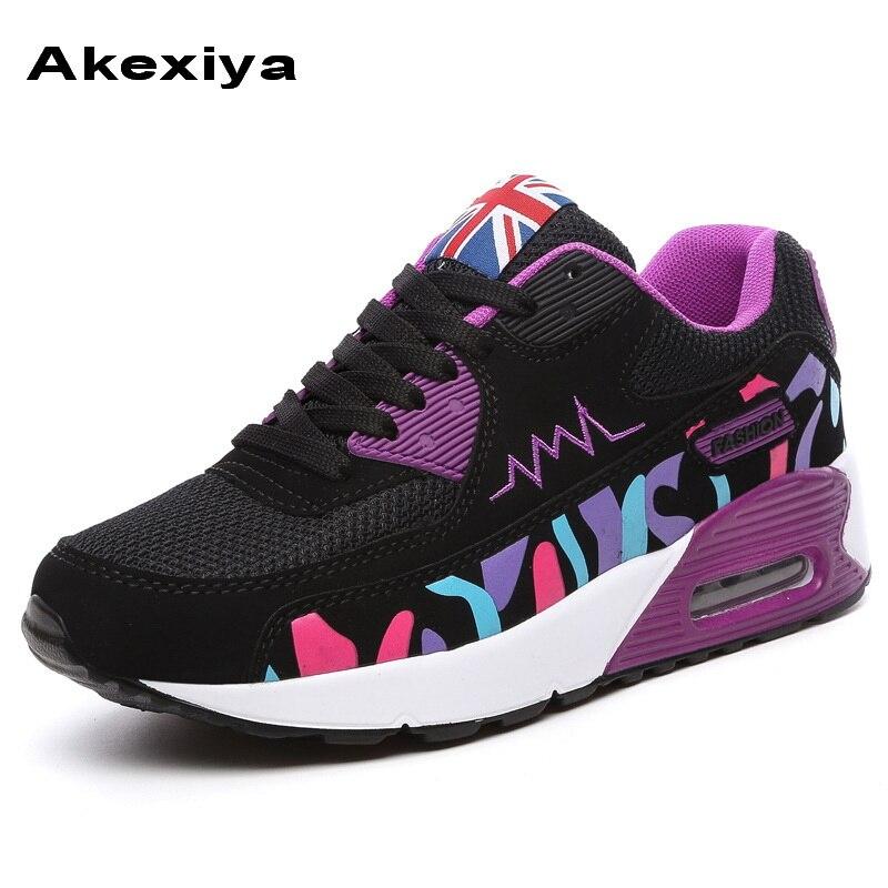 Prix pour Akexiya 2017 Nouvelle Annonce Printemps Automne Sport femmes sneakers classique de femmes Respirant Chaussures de Skate