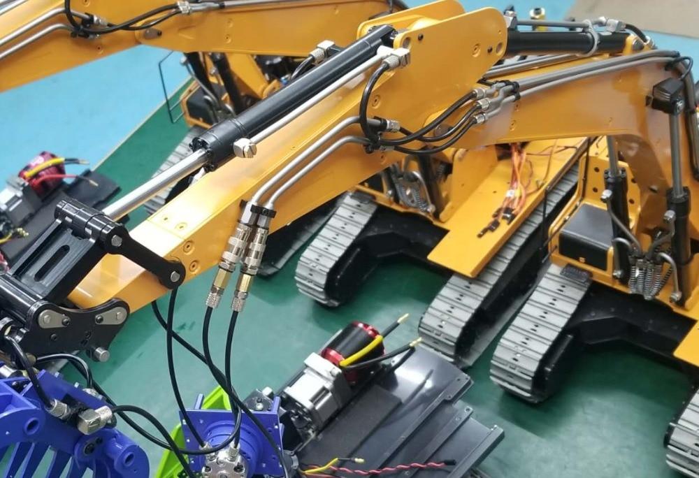 1/14 RC Metal Hydraulic Excavator 946 - 51