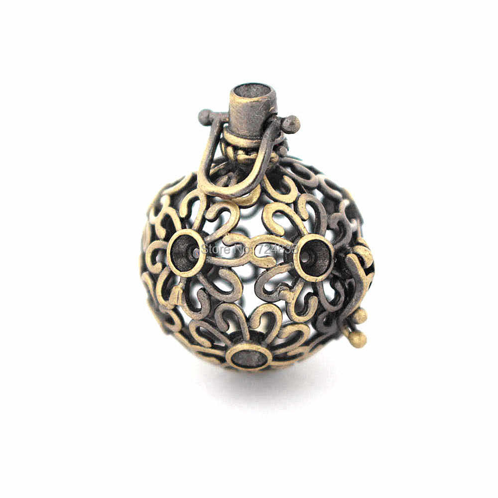 33x25mm Vintage Filigree Flower Hollow Cage Locket Pendants For Round Ball DIY Rhinestone Essential Oil Diffuser Perfume Chime