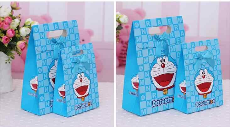 (20 Pcs) Dos Desenhos Animados Doraemon Dia das Crianças da Festa de Aniversário de Casamento Caixa de Presente De Papel Doces Tamanho S L