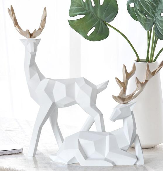 17 6 5 18CM White creative lucky animal head mannequin body deer resin craft jewelry geometric home Wedding Resin 1set A331 in Mannequins from Home Garden