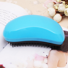 Detangling Mouse Style Comb Hairbrush