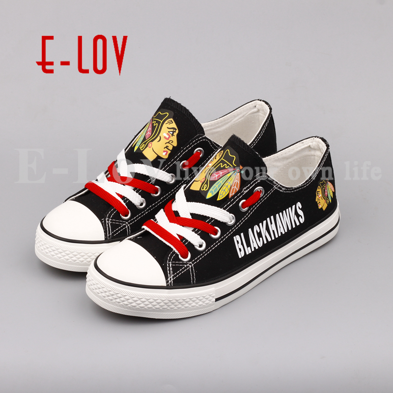 E-LOV 2018 New NHL Chicago Blackhawks Shoes Fans Print Leisure Shoes Low Top Lace Canvas Shoes Big Size Gift 2015 nhl stanley cup final game 4 puck in acrylic cube tampa bay lightning vs chicago blackhawks