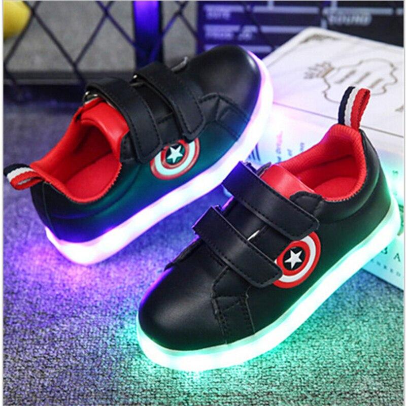 7a70c6b2 Kkabbyii Капитан Америка детей Обувь с подсветкой светящиеся Кроссовки  мальчики девочки зарядка через USB Спортивная повседневная обувь для детей  светящиеся ...