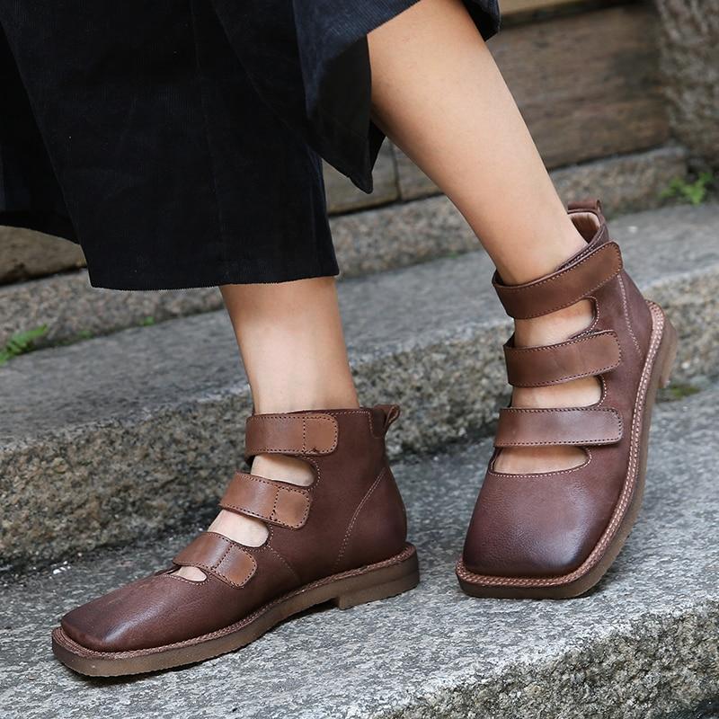 Cheville chaussures plates femme 2018 dernière sangle conception dame bottes à la main en cuir véritable crochet et boucle bout carré femme sandale chaussons