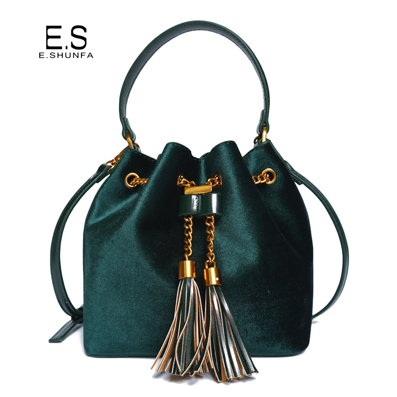 Women Bucket Bag Velvet 2018 New Arrival PU Leather Shoulder Bag With Tassel Chain Drawstring Ladies Handbags Shoulder Bags
