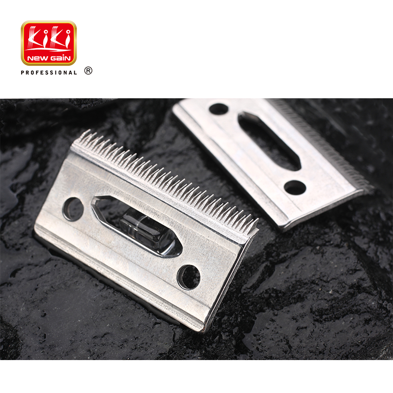 KiKi Salon World Professional Stagger-Tooth 2-Hole Clipper Blade - For the 5 Star Series Cordless Magic Clip