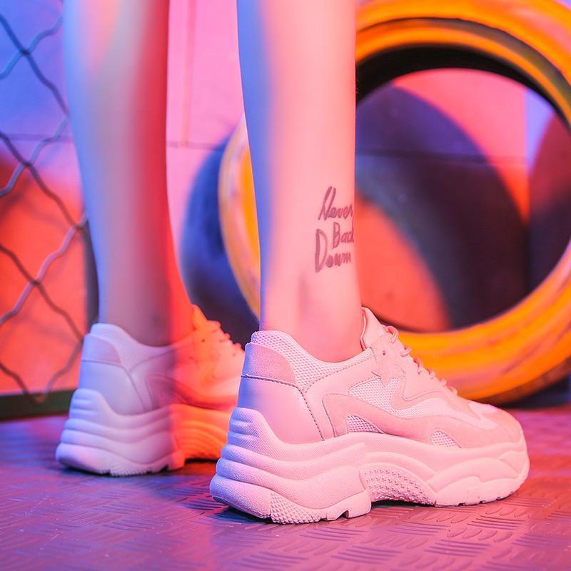 online store 8f3dd a53b9 2018-Herfst-Meisje-Nieuwe-Mode-Merk-Schoenen-Vrouwen-Platte-Sneakers-Cross-gebonden-Dame-Dikke-bodem-Platform.jpg