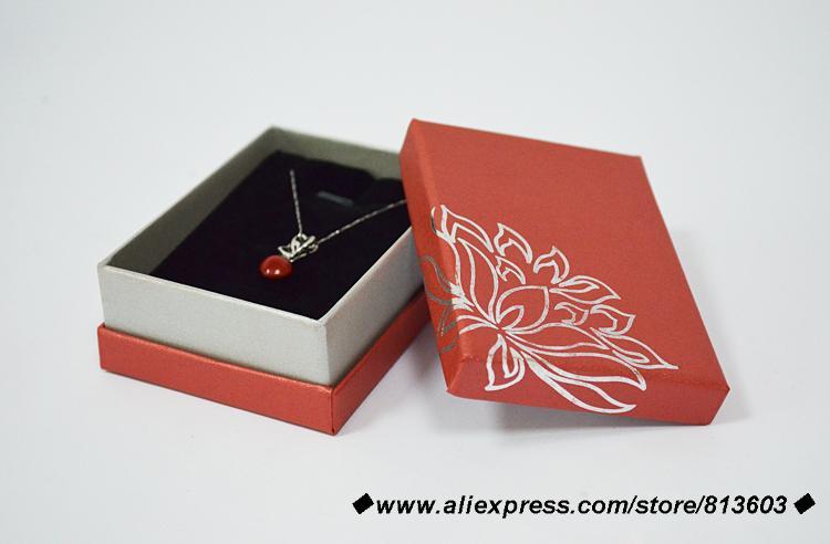 6.5*9*3.5cm en gros pas cher 25 pièces rouge pendentif bijoux affichage boîte-cadeau pour bijoux cercueil organisateurs boîte à bijoux livraison gratuite