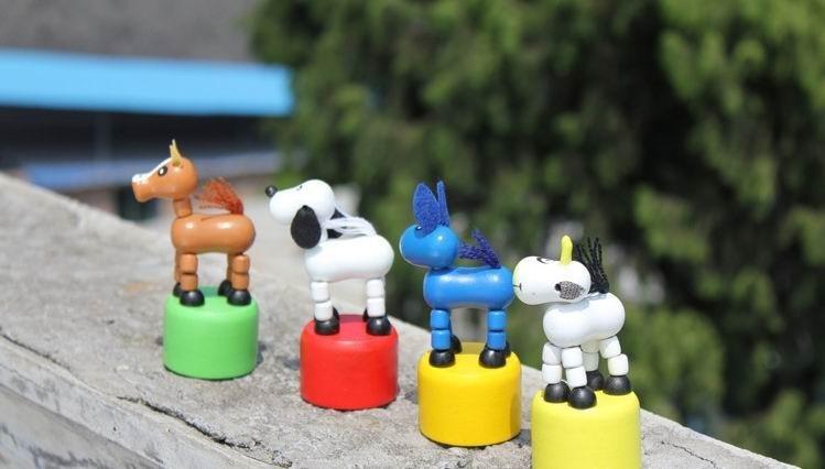 12st / lot baby anima trä dockor leksaker / barn barn tecknad marionett leksaker rocking djur för julklappar, gratis frakt