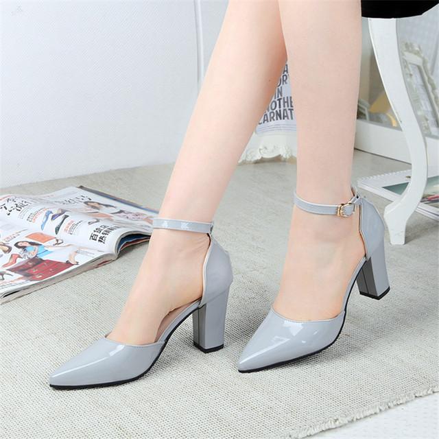 2016 a primavera eo verão botão cinto de couro genuíno boca rasa das mulheres sapatos com sapatos única fêmea calcanhar grosso dedo do pé cap
