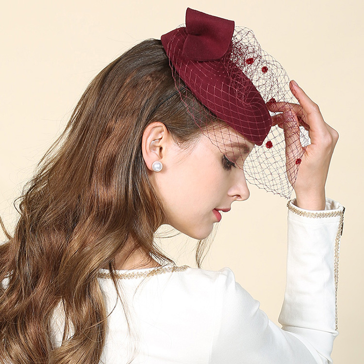 7c43c67a362 2017 Women Wedding Hat Vintage Paris Ladies Australian Wool Pillbox Beret  Hat Veil Fedora For Cocktail Dinner Church Veil Hats-in Berets from Apparel  ...
