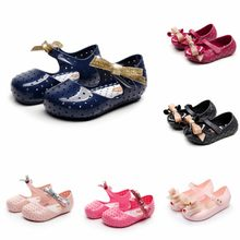 Baby Girls Sandals 2019 Summer New PVC Soft and Comfortable Bow Children's Shoes Non-slip Breathable Children's Beach Shoes(China)