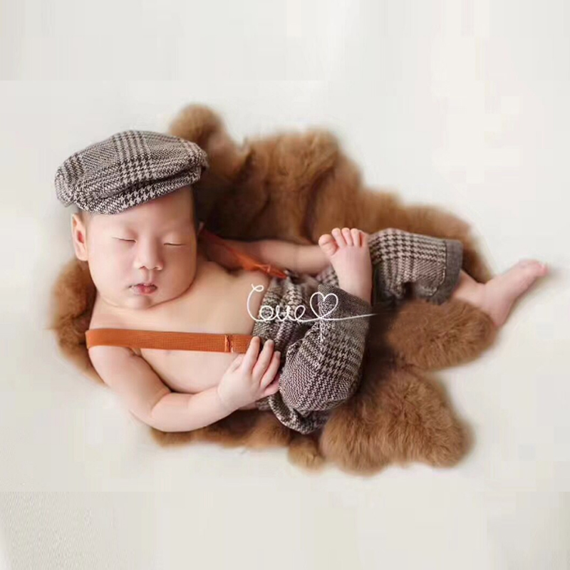 Newborn Photography Props Gentleman Plaid Hats and Pants Photo Photography Prop Outfit Set Costume Set Newborn Outfits Accessory newborn photography prop crochet mermaid costume set