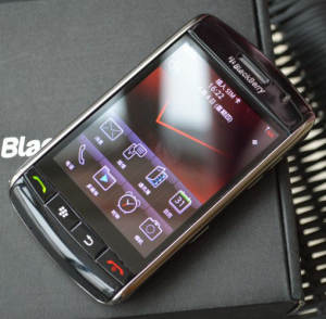 Blackberry 9530 Original Storm GSM/WCDMA Bluetooth Refurbished Touch-Screen Mobile-Phone