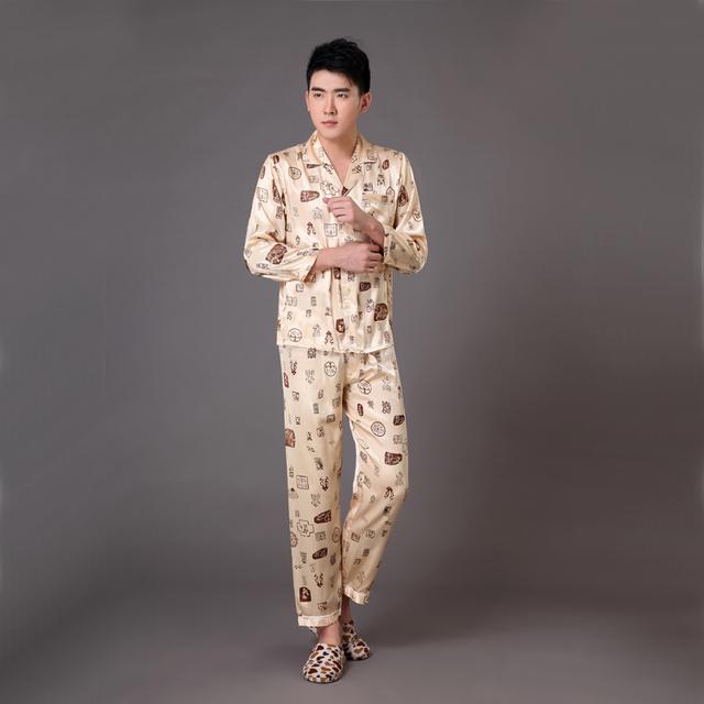 Homens de ouro Silk pijamas Set pijamas terno primavera outono salão Home Wear manga comprida pijamas Set tamanho sml XL XXL XXXL MP007