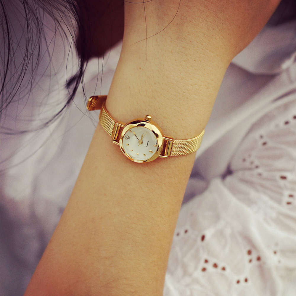 Womens Classic Gold Roman Numerals Quartz Stainless Steel Wrist Watch Brand New High Quality watch 0717 2016 gold montre new women dress watch roman numerals quartz stainless steel wrist watch high quality reloj mujer relogio golden