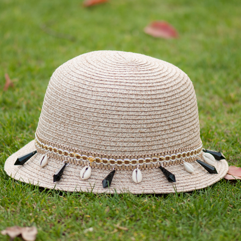 Woman Hat Summer 2016 Floppy Beach Style Seashell Rhinestone Straps  Decorated Beige White Red Holiday Visor Sunhat 2016042208 u2-in Sun Hats  from Apparel ... 305f547eb7b