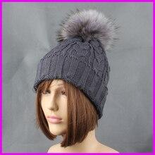 2017 Fashion Women Winter Raccoon Fur Hats 15cm Dyed Fur Pompom Female Beanies Cap Natural Fur Hat
