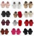 Vermelho único Mocassim Bebê Suave sola vermelha Moda Borlas Mocassim Sapatos de Bebê Recém-nascido Do Bebê 12-cores PU Botas de couro infantis