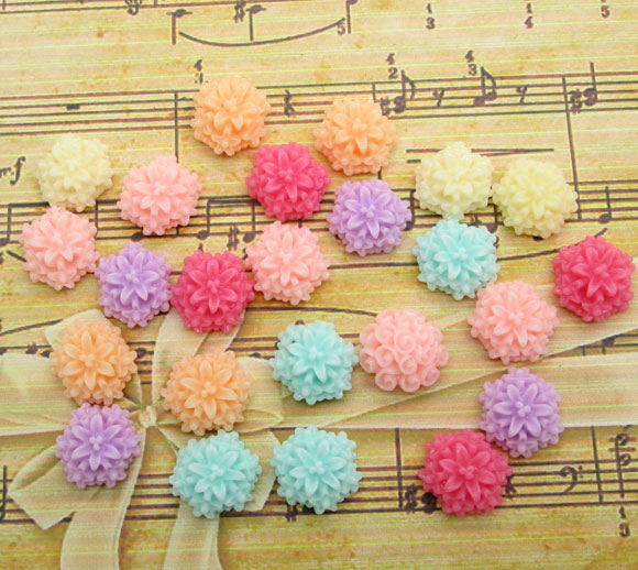 50Pcs Mixed Resin Flower Decoration Crafts Kawaii Bead Flatback Cabochon Fridge Magnet Scrapbook DIY Accessories Buttons(China)