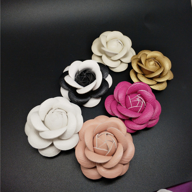 Charm Classic Genuine Leather Pin Brooch Quality PU Leather Camellia Flower Wome