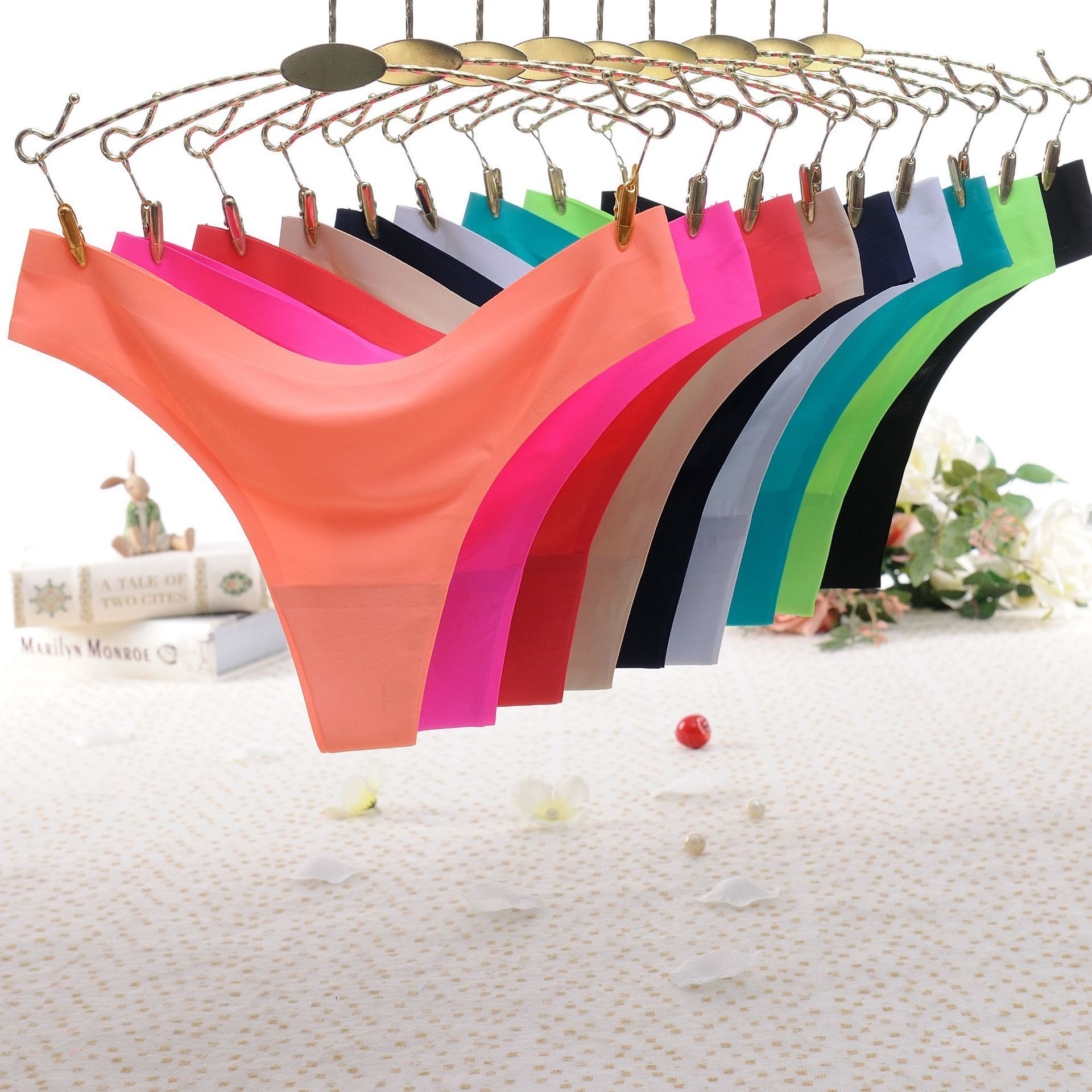 Women Ruffles Underwear Invisible Seamless T Panties G-String Female Sexy Thongs Intimates Lingerie Ladies Briefs 1pcs Sf2051