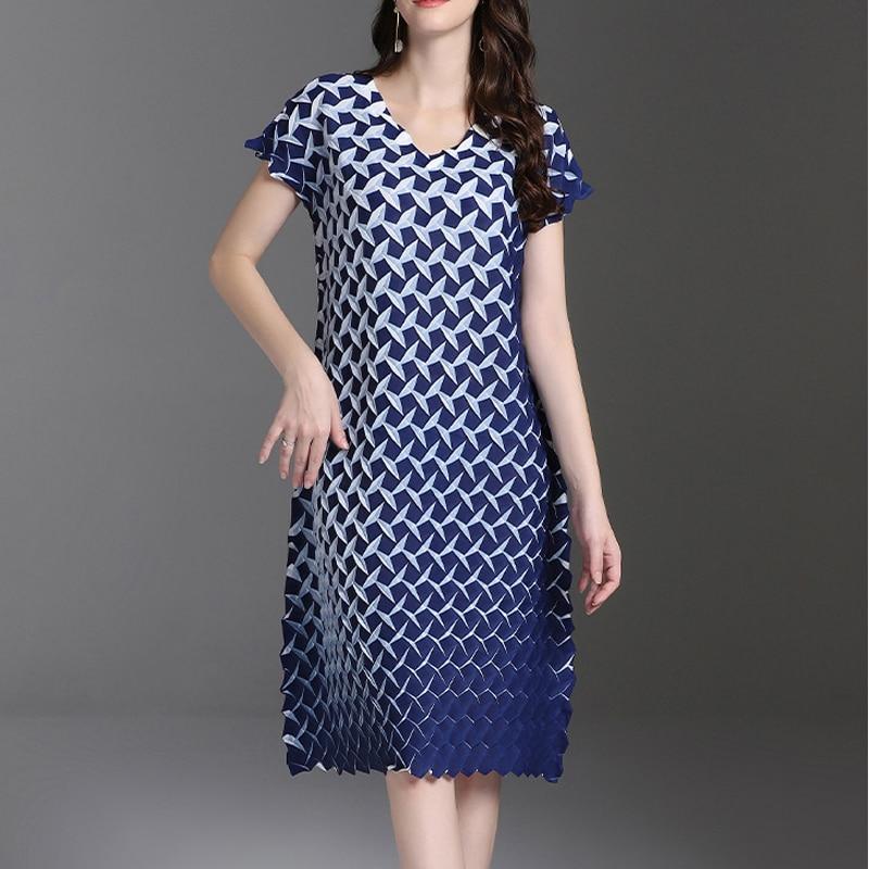Changpleat 2019 여름 새 인쇄 된 여성 드레스 miyak pleated 패션 디자인 o 넥 반팔 큰 탄성 a 라인 드레스 조수-에서드레스부터 여성 의류 의  그룹 1