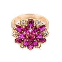 2017 new fashion jewelry red zircon flower ring to women's charm plus Golden style design female engagement gold ring