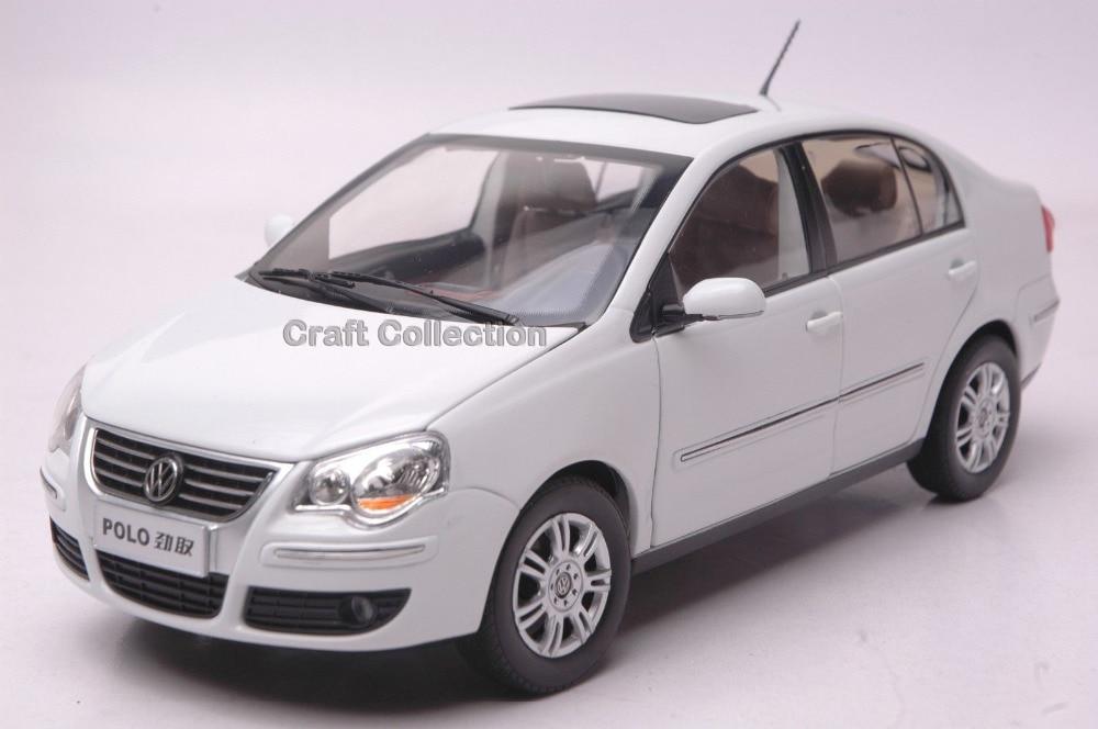 * White 1:18 Volkswagen VW POLO Cross Sedan Diecast Modell Auto Classic toys Scale Models
