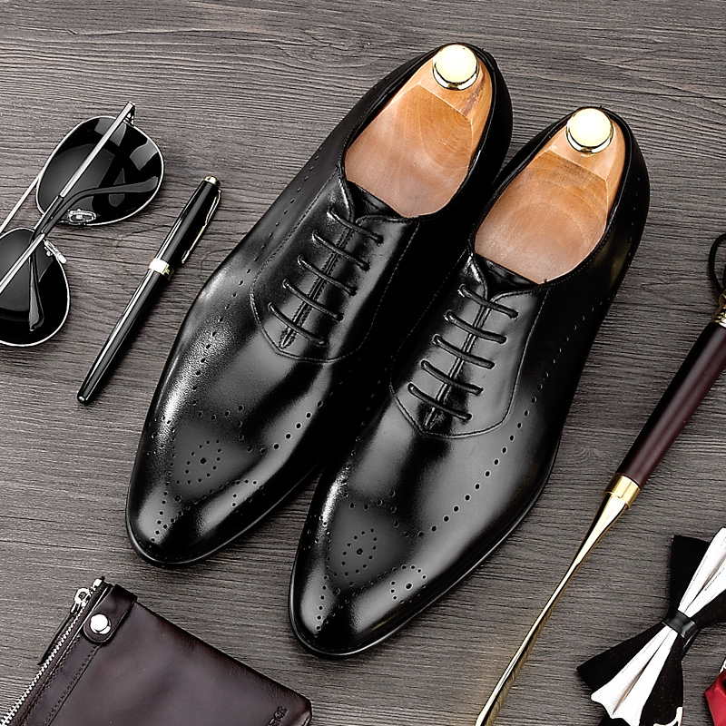 Summer British Style Pointed Toe Carved Man Formal Dress Shoes Genuine Leather Oxfords Men's Breathable Brogue Footwear NE42 tidog the british men s casual shoes retro carved tassels pointed breathable leather shoes