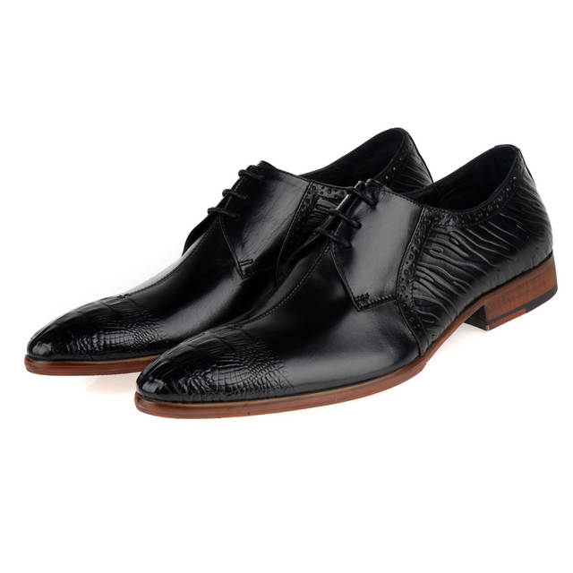 Fashion Tan   Black Wedding Groom Shoes Mens Dress Shoes Genuine Leather  Oxford Business Shoes Male 35d929c44641