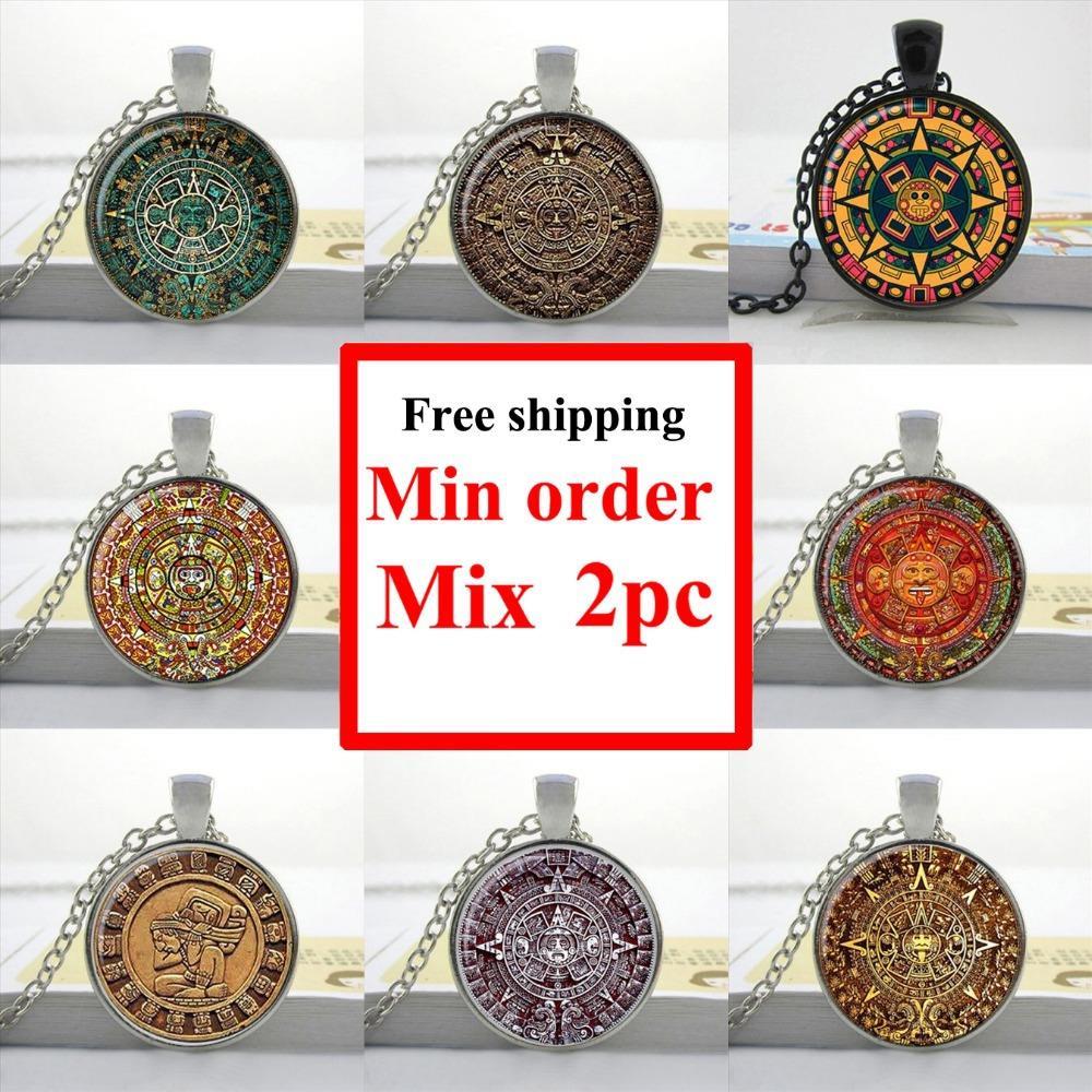 Wholesale Aztec Calendar necklace Sun Stone pendant Aztec Calendar jewelry Glass Art Picture Necklace