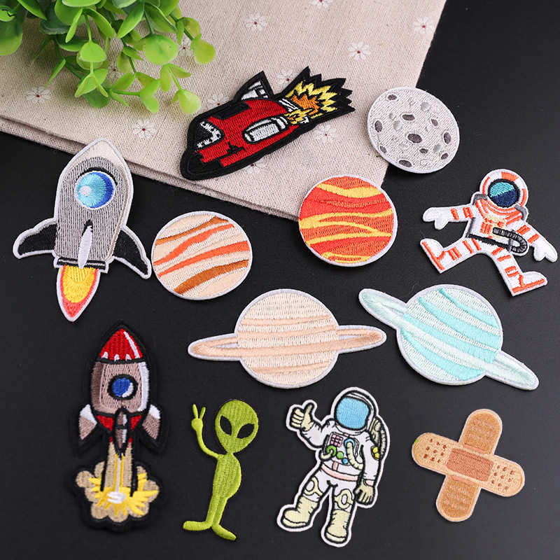 UFO Astronaut Planet Patches Ironing on Patches for clothing Girls Boys Jeans Stripes Stickers Embroidered Badges Alien patch