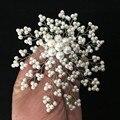 Mais recente projeto 4 polegada banhado a prata 4mm branco pérola de água doce pérola Broche forma de flor