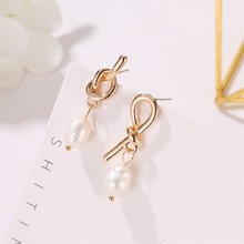 Hot Style Korean Version of Trend Earrings Temperament Asymmetric Knot Ya Jin Pearl Pendant Wholesale