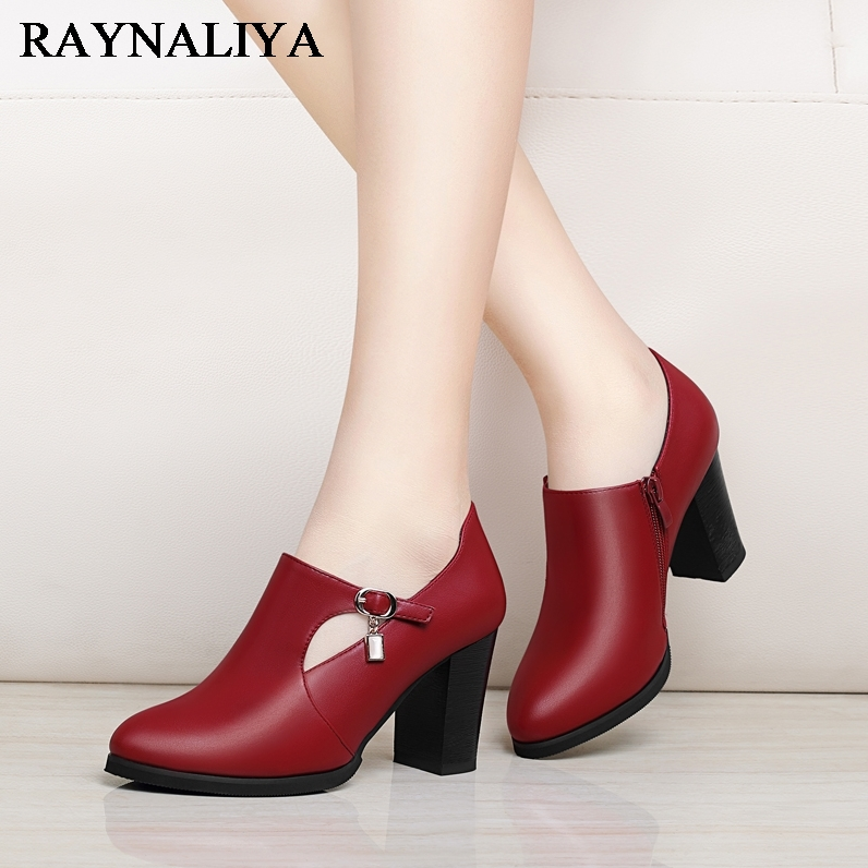 Square Heel Women Boots High-heeled Cow Leather Ankle Boots For Lady Pointed Toe Side Zipper Female Boots 2018 Autumn YG-A0067 цена