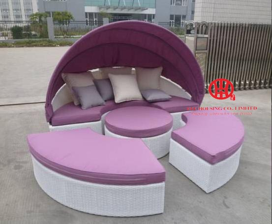 Rattan Outdoor Leisure Poolside Sofa Bed Wicker Sunbed With Canopy,New Style Reclineing Sectional Bed Ourdoor Rattan Sunbed